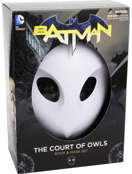 Batman: The Court of Owls Mask and Book Set by Scott Snyder - Paperback