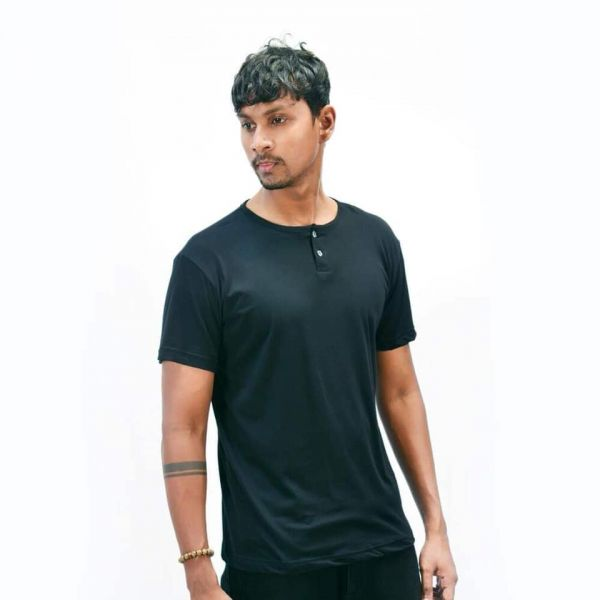 Two Button T-Shirt by Lines - Black